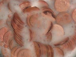 Чистка монет в растворе