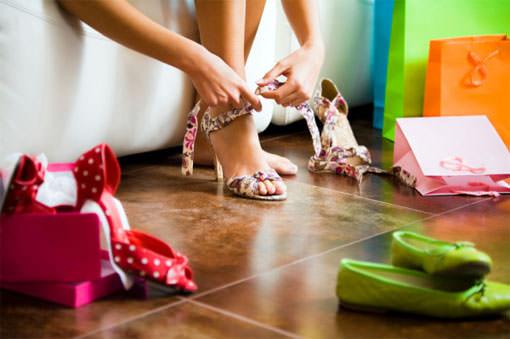 Завязывание банта на туфлях