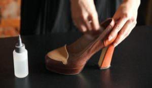 Смазывание туфель вазилином