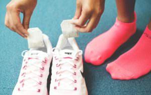 Чайные пакетики в кроссовках