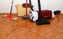 Чем отмыть линолеум после ремонта – как очистить линолеум от грунтовки, побелки, клея?